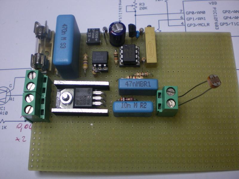 Schema Elettrico Interruttore Crepuscolare 230v : Tony foto